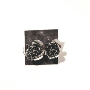 Jewelry - ⭐ Set of 3 Rose Earring Studs